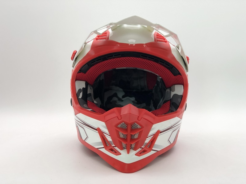 http://www.stwin-helmet.com/data/images/product/20190617090042_219.jpg