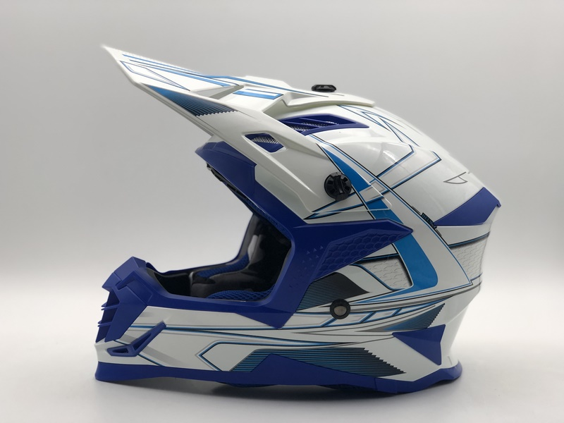 越野盔SC09