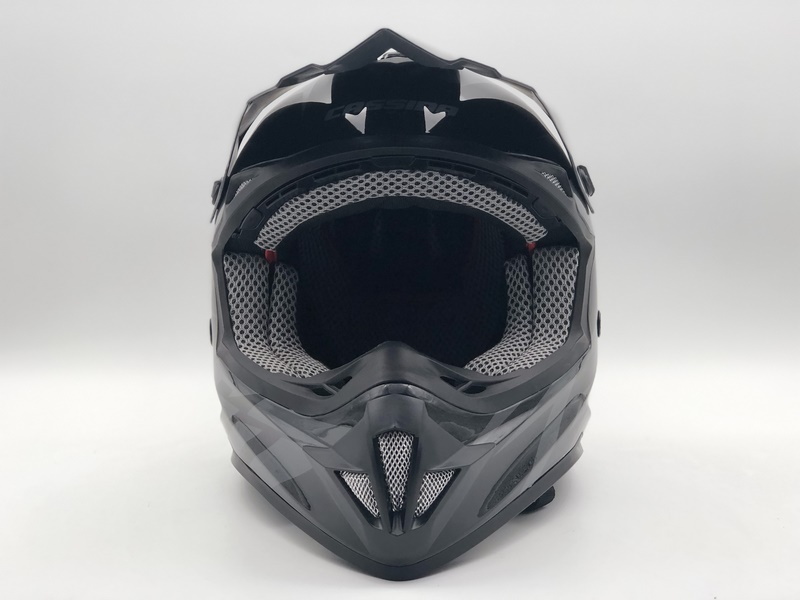 https://www.stwin-helmet.com/data/images/product/20190617091746_562.jpg