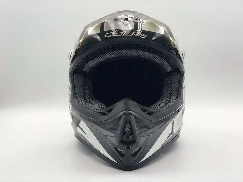 https://www.stwin-helmet.com/data/images/product/20190617092042_554.jpg